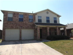Photo of 1736 White Feather Lane, Fort Worth, TX 76131 (MLS # 13699529)
