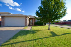 Photo of 957 Stone Chapel Way, Fort Worth, TX 76179 (MLS # 13699550)