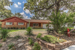 Photo of 6 Kingston Court, Bedford, TX 76022 (MLS # 13699871)