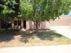 Photo of 536 Bailey Street, Saginaw, TX 76179 (MLS # 13710628)