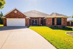 Photo of 809 Sky Creek Court, Saginaw, TX 76179 (MLS # 13714372)