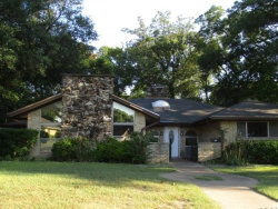 Photo of 215 Hanna Avenue, DeSoto, TX 75115 (MLS # 13715809)