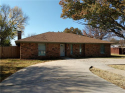 Photo of 213 Oak Street, Highland Village, TX 75077 (MLS # 13720388)