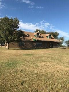 Photo of 1905 E Spring Creek Road, Gainesville, TX 76240 (MLS # 13720461)