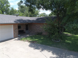 Photo of 101 E Young Street, Howe, TX 75459 (MLS # 13730853)