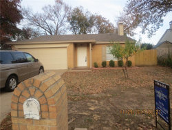 Photo of 804 Canary Lane, Mansfield, TX 76063 (MLS # 13740924)