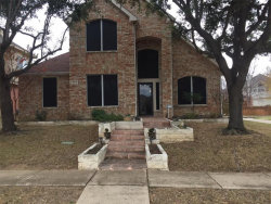 Photo of 424 Valley View Drive, Lewisville, TX 75067 (MLS # 13741727)