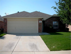 Photo of 1304 Barrel Run, Fort Worth, TX 76052 (MLS # 13743187)