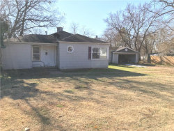 Photo of 2100 W Bond Street, Denison, TX 75020 (MLS # 13744559)