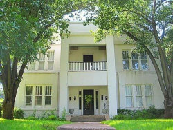 Photo of 4902 Worth Street, Dallas, TX 75214 (MLS # 13744711)