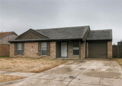 Photo of 3208 Highlawn Terrace, Fort Worth, TX 76133 (MLS # 13749961)