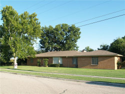 Photo of 228 Thomas Street, Lewisville, TX 75057 (MLS # 13754983)