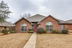 Photo of 722 Blue Oak Drive, Lewisville, TX 75067 (MLS # 13756370)