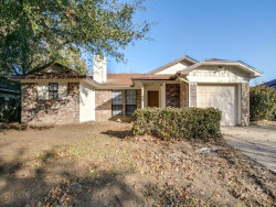 Photo of 517 Rifleman Trail, Arlington, TX 76002 (MLS # 13761114)