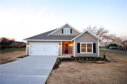 Photo of 400 Scott Lane, Pilot Point, TX 76258 (MLS # 13763451)