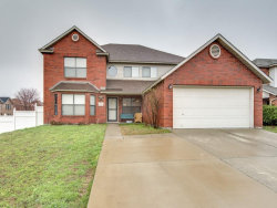 Photo of 7212 Port Phillip Drive, Arlington, TX 76002 (MLS # 13782261)
