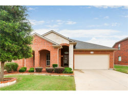 Photo of 1718 Wild Deer Way, Arlington, TX 76002 (MLS # 13782649)