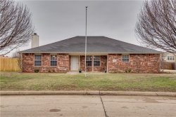 Photo of 1336 Valley Drive, Justin, TX 76247 (MLS # 13783174)