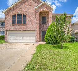Photo of 4800 Sleepy Ridge Circle, Fort Worth, TX 76133 (MLS # 13789512)