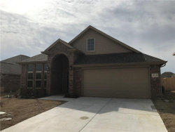 Photo of 1810 Silver Oak Drive, Gainesville, TX 76240 (MLS # 13790343)