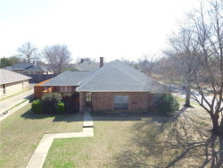 Photo of 604 Meadowcrest Drive, Highland Village, TX 75077 (MLS # 13795595)