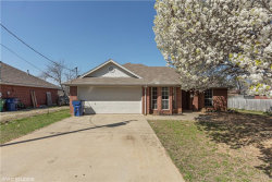 Photo of 506 Maple Street, Aubrey, TX 76227 (MLS # 13795775)