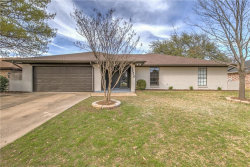 Photo of 4520 Yellowleaf Drive, Fort Worth, TX 76133 (MLS # 13797834)