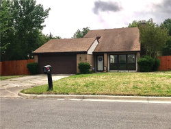 Photo of 814 Beverly Drive, Grapevine, TX 76051 (MLS # 13818089)