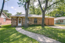 Photo of 303 Lawrence Avenue, Terrell, TX 75160 (MLS # 13839600)