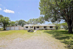 Photo of 106 Southmayd Road, Southmayd, TX 76273 (MLS # 13842576)