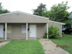 Photo of 816 S Crockett Street, Unit 1, Sherman, TX 75090 (MLS # 13844286)