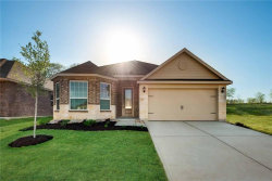 Photo of 904 Summer Stream Road, Denton, TX 76207 (MLS # 13845988)