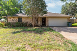 Photo of 2807 Roundup Trail, Grapevine, TX 76051 (MLS # 13849300)