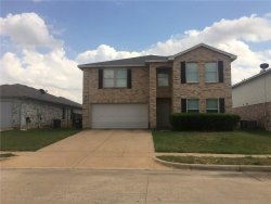 Photo of 517 Nuffield Lane, Fort Worth, TX 76036 (MLS # 13849775)