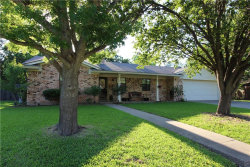 Photo of 405 Holly Lane, Gainesville, TX 76240 (MLS # 13850850)