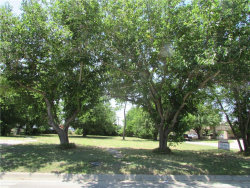 Photo of 503 S Weaver Street, Lot TR 5, Gainesville, TX 76240 (MLS # 13861696)