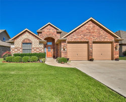 Photo of 5 Pleasant Valley, Sanger, TX 76266 (MLS # 13869087)