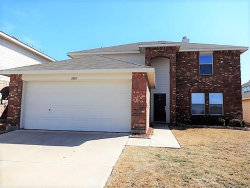 Photo of 6868 Valley Creek Drive, Fort Worth, TX 76179 (MLS # 13869711)