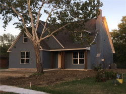 Photo of 1323 Bellaire Drive, Grapevine, TX 76051 (MLS # 13884688)