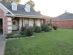 Photo of 916 Calder Street, Howe, TX 75459 (MLS # 13886420)