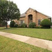 Photo of 2700 Oakland Hills Drive, Plano, TX 75025 (MLS # 13894559)