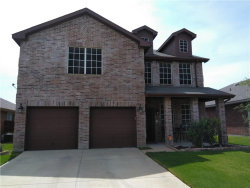 Photo of 8625 Star Thistle Drive, Fort Worth, TX 76179 (MLS # 13895846)