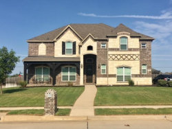 Photo of 901 Sunrise Drive, Kennedale, TX 76060 (MLS # 13896935)