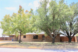 Photo of 105 Medina Court, Breckenridge, TX 76424 (MLS # 13904276)