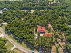 Photo of 404 County Road 2255, Valley View, TX 76272 (MLS # 13905176)