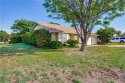 Photo of 3932 Wendover Drive, Fort Worth, TX 76133 (MLS # 13933191)
