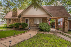 Photo of 1707 Thomas Place, Fort Worth, TX 76107 (MLS # 13934600)