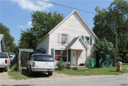 Photo of 640 N Taylor Street, Gainesville, TX 76240 (MLS # 13936154)