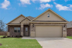 Photo of 8 Pleasant Valley, Sanger, TX 76266 (MLS # 13940920)