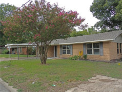 Photo of 205 E 11 Street, Kaufman, TX 75142 (MLS # 13953524)